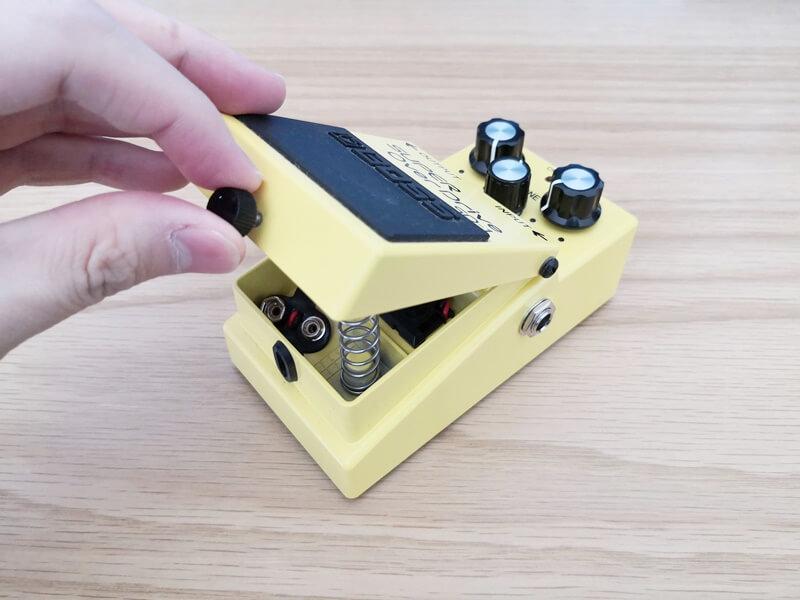 BOSS SD-1のフットスイッチ