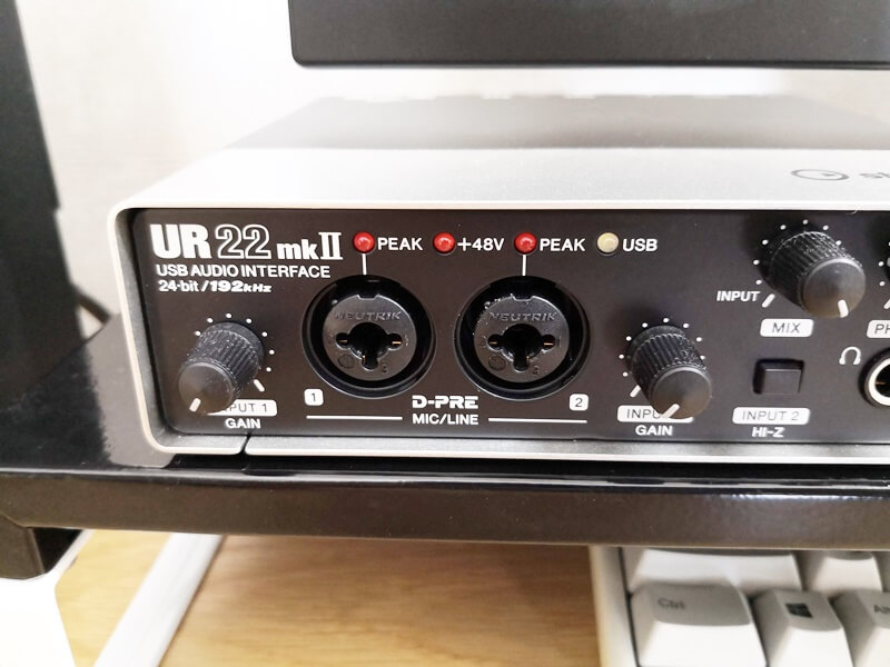 UR22mkIIの入力端子