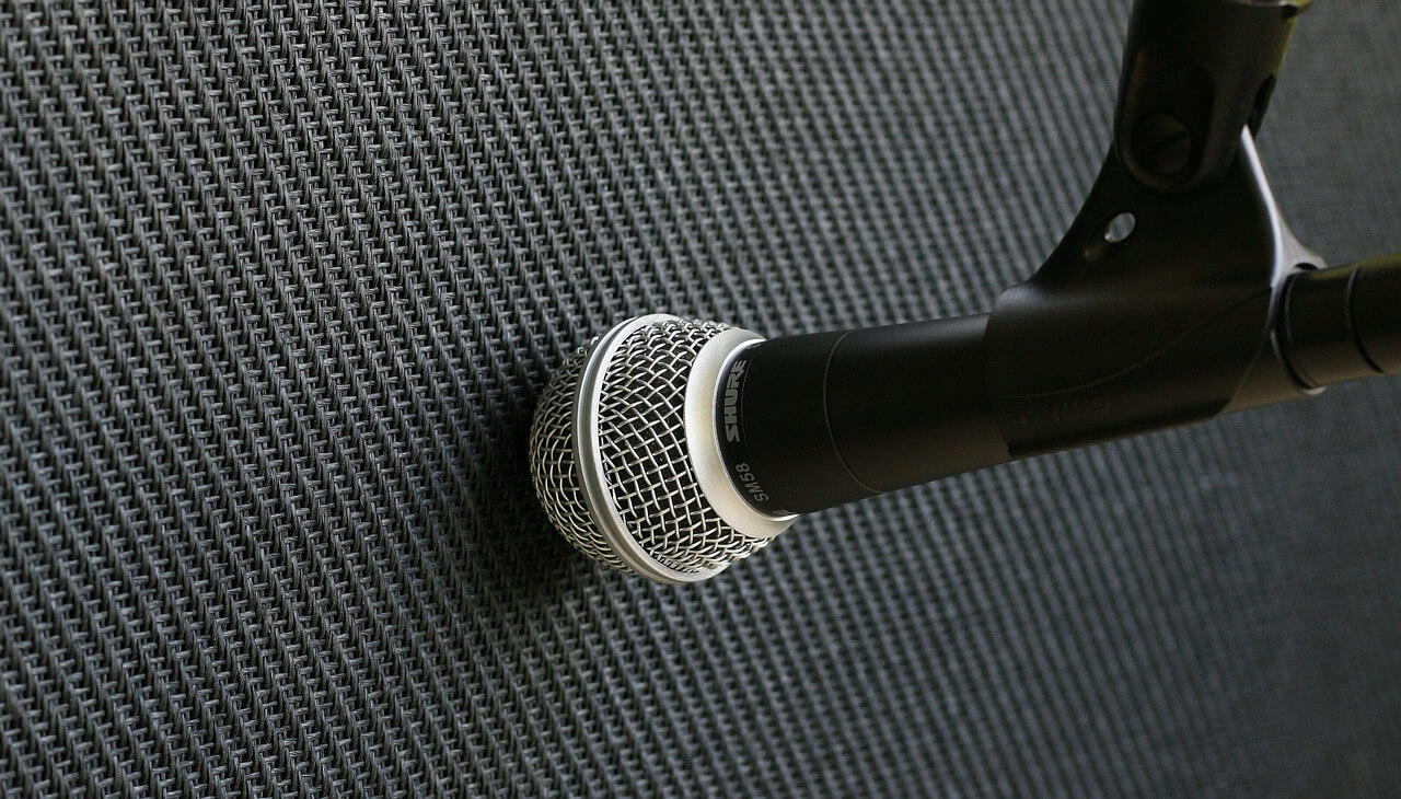 microphone-2571664_1280