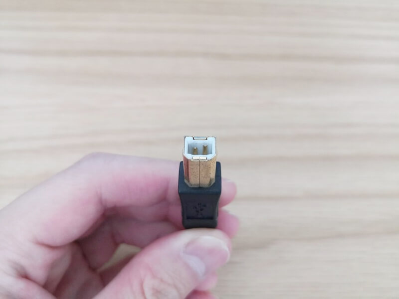 USB TYPE-Bのケーブル
