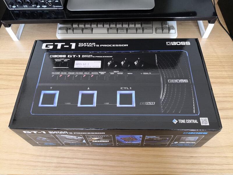 BOSS GT-1の箱