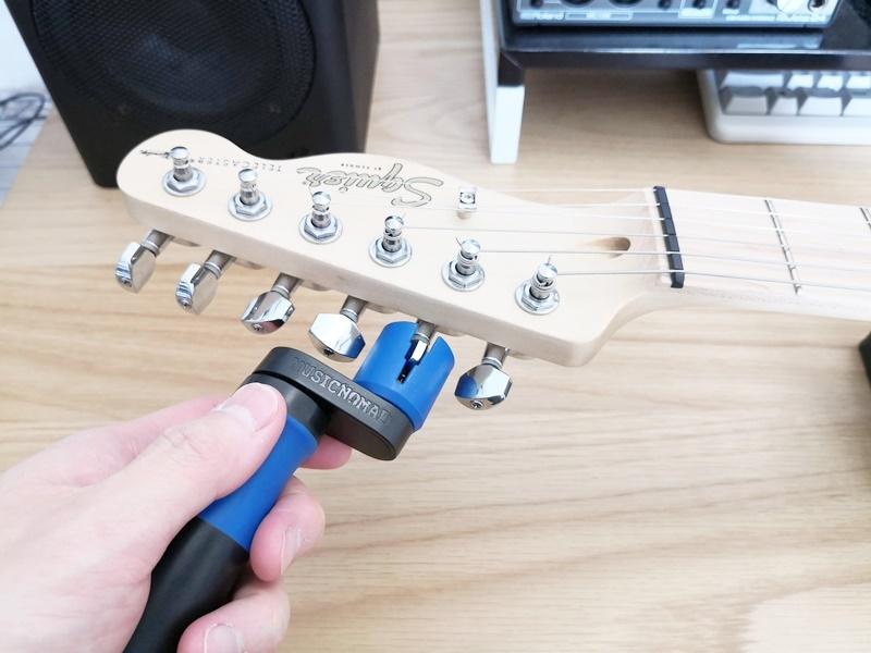 エレキギターの弦交換