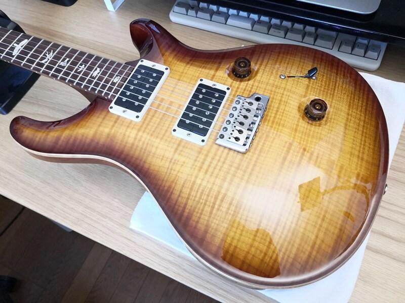 CLASSIC WAX POLISHで磨いたギター