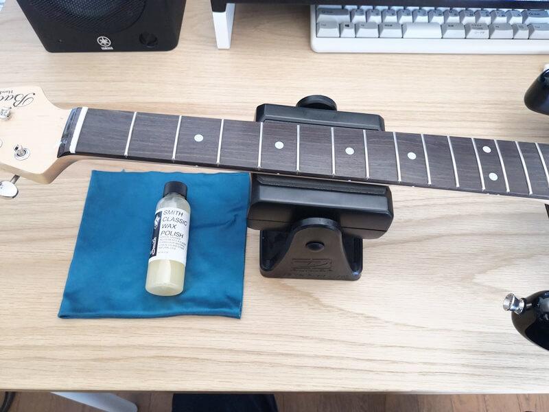 エレキギターの指板のメンテナンス
