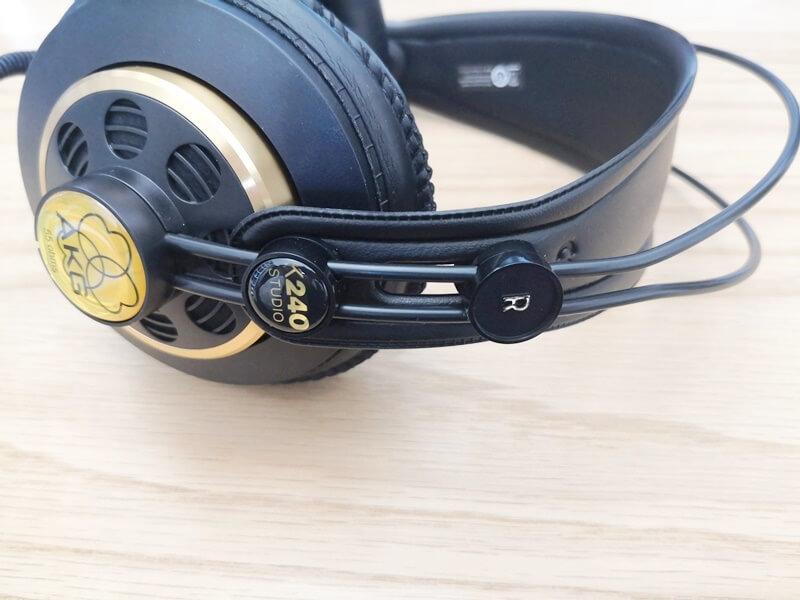 AKG K240 Studioのスライダー