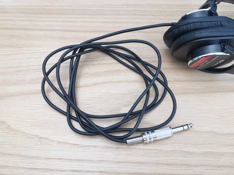 SONY MDR-CD900STのケーブル